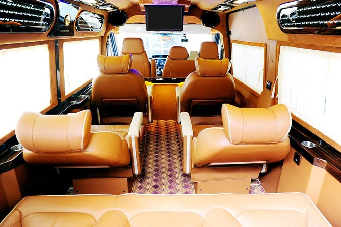 Morning Eco Sapa Bus limousine D-car 8-seat depart from Hanoi Old Quarter