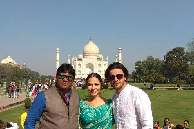 Taj Mahal Sunrise Tour With Agra Fort and Fatehpur Sikri