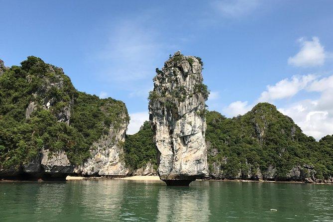 5 Days - BEST OF HANOI - HALONG BAY - LAN HA BAY