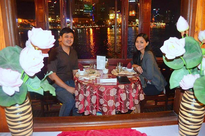 Saigon by Night: Traditional Dinner Cruise
