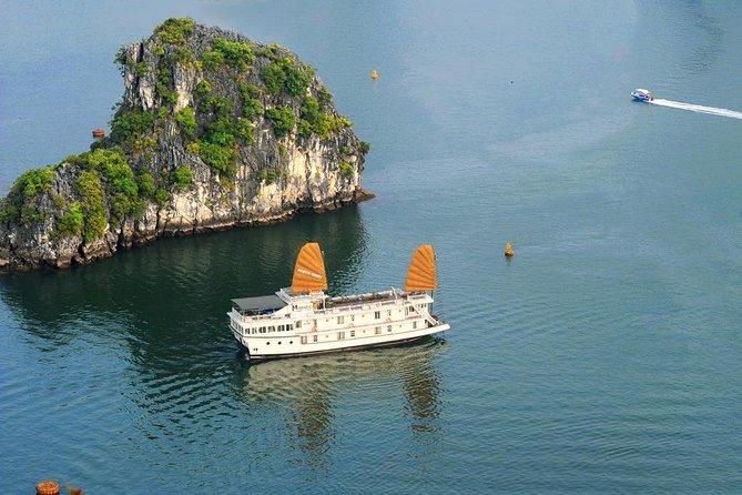 2-Day Majestic Cruise Along Halong Bay