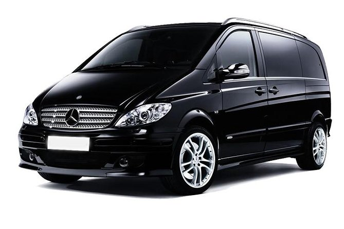 Private car to Halong Bay two day