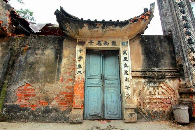 Cu Da and Van Phuc Villages: Private Tour from Hanoi