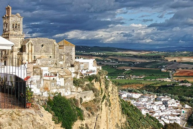 Private 8-Hour Tour to White Villages from Cadiz
