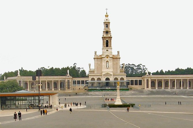 Private 6-hour tour of Fatima from Porto with Hotel pick up