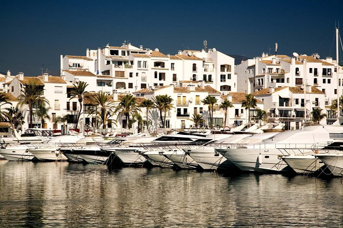 Private City Tour of Marbella and Puerto Banús with Hotel Pick-up
