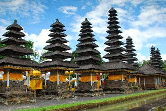 Amazing Private Tours-Bedugul-Taman Ayun Temple-Tanah Lot Temple-Twin Lake Buyan