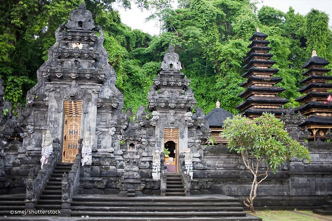 Amazing Private Tours-East Of Bali-Waterfall-Bali Kertagosa-Goa Lawah Temple