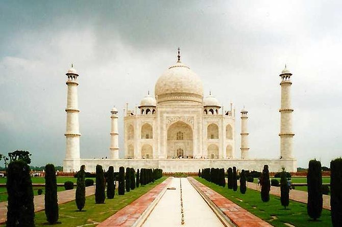 Golden Triangle Tour 03 Nights 04 Days By Private Car from Delhi