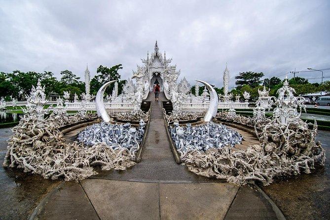 Amazing Temples of Chiang Rai