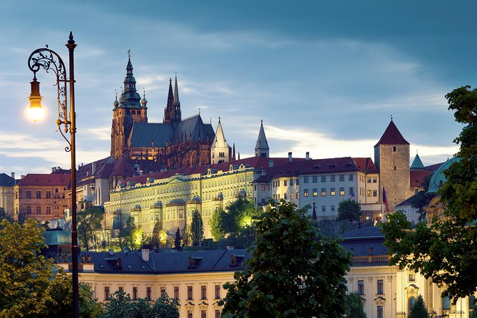 Private Prague Castle and Lobkowicz Palace Half-Day Tour
