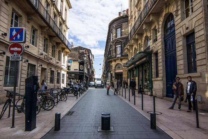 Bordeaux Like a Local: Customized Private Tour