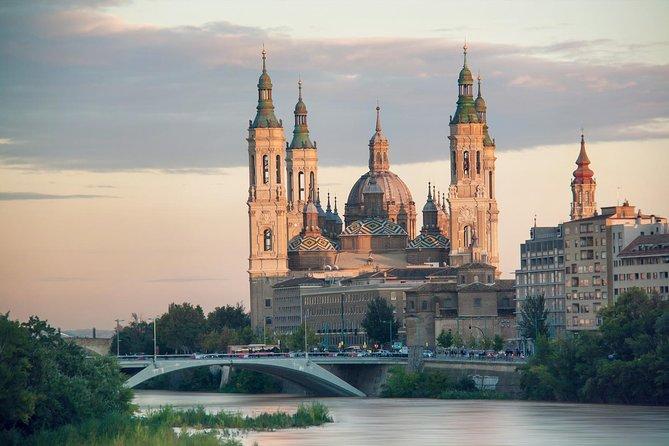 Zaragoza: Private Tour with a Local Guide