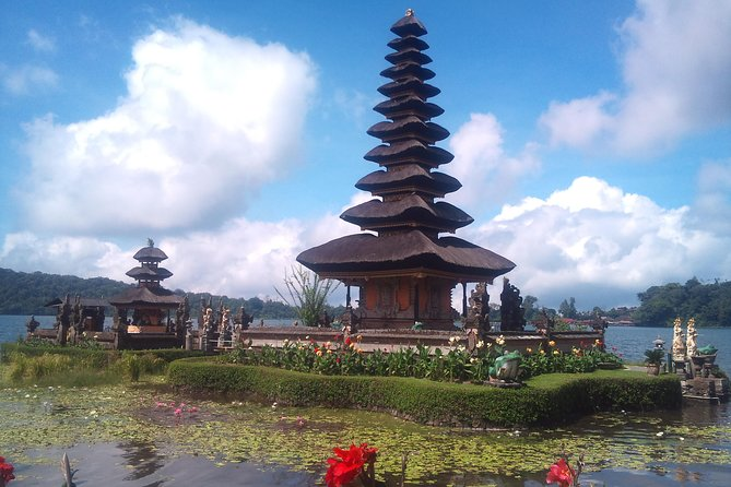 Private Bali Country Side Beratan Lake Temple and Tanah Lot Temple Tour
