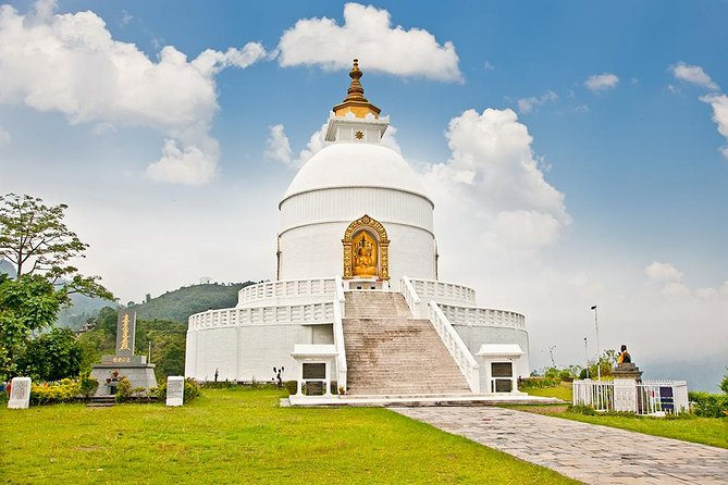 Private Hiking Tour to Peace Stupa in Pokhara