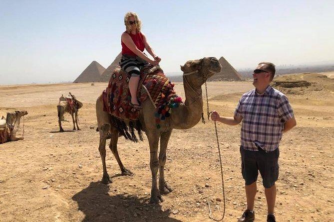 Cairo layover tour to Giza pyramids Egyptian museum local bazaars