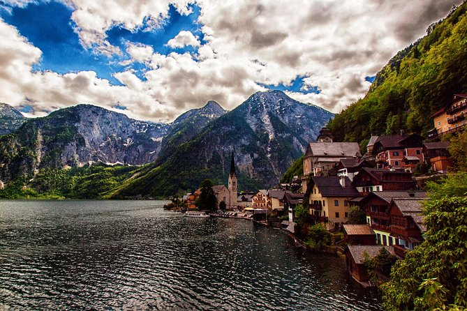 Private 2-day Guided Tour to Cesky Krumlov Hallstatt and Salzburg from Vienna