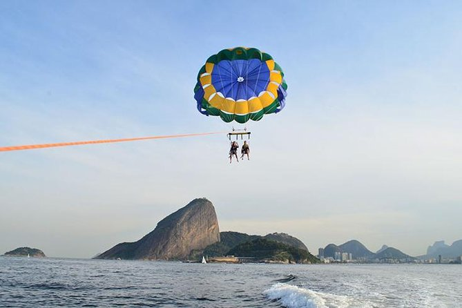 Parasailing in Rio de Janeiro with Hotel pick-up and drop-off