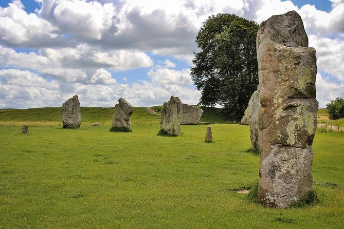 Stonehenge and Avebury Small Group Tour from London