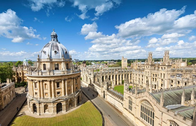 Oxford and Cambridge Guided Day Tour from London