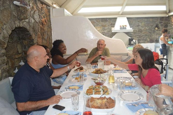 Traditional Lunch or Dinner with Drinks in Mykonos