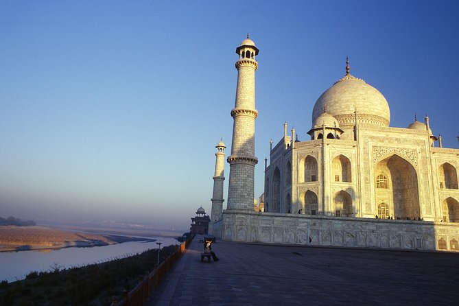 Private Taj Mahal and Agra Tour from Delhi by Car