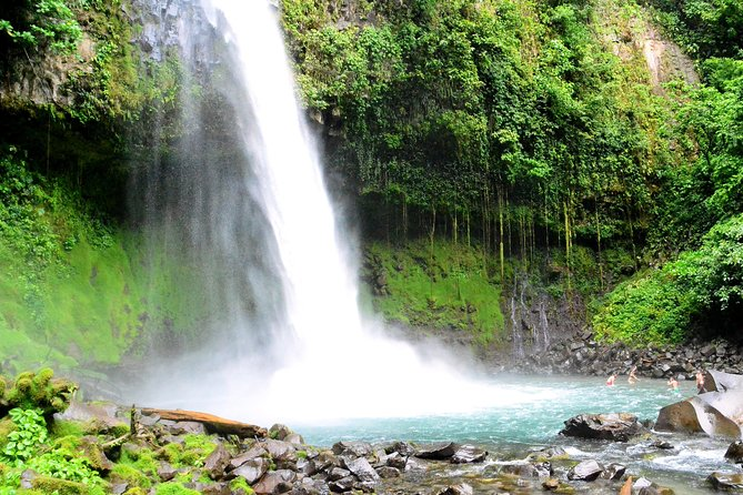 Combination Tour with Hanging Bridges, Waterfall ,Volcano Hike and Hot Springs