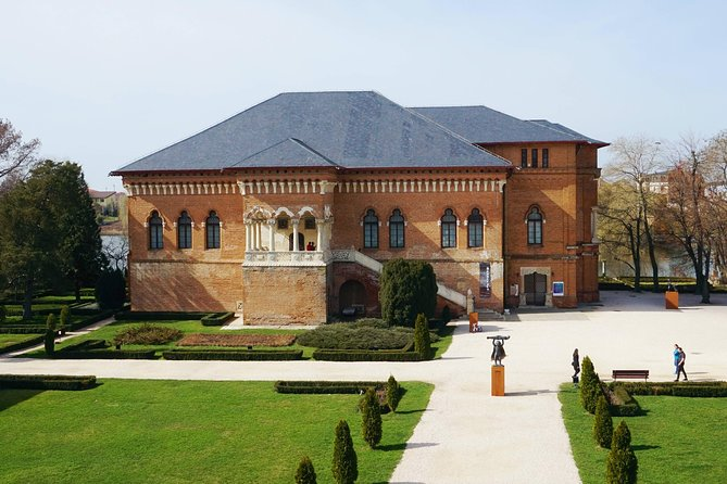 Snagov Monastery and Mogosoaia Palace, Private Tour