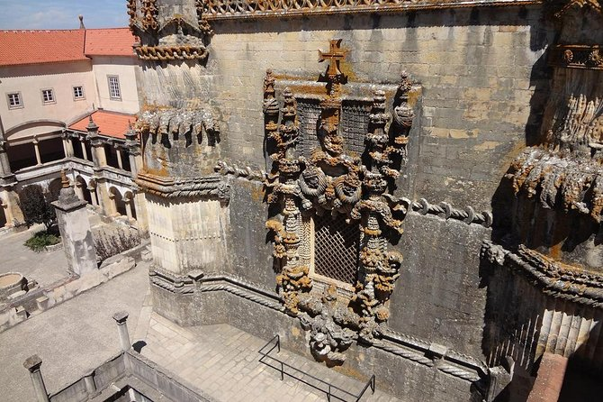 From Lisbon: Tomar and Almourol Caste Private Transfer Full Day