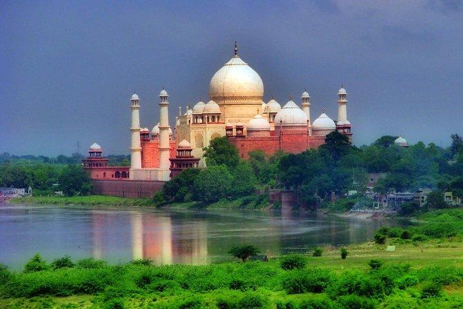 Private Taj Mahal Tour With Mathura (Birth Place of Lord Krishna)