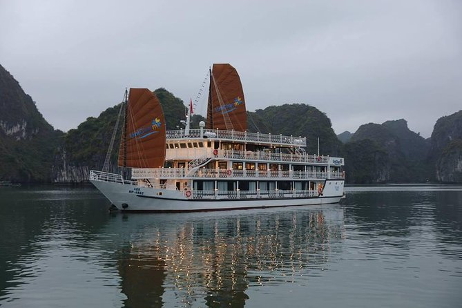 Ha Long Bay 3 Days Unicharm Cruise