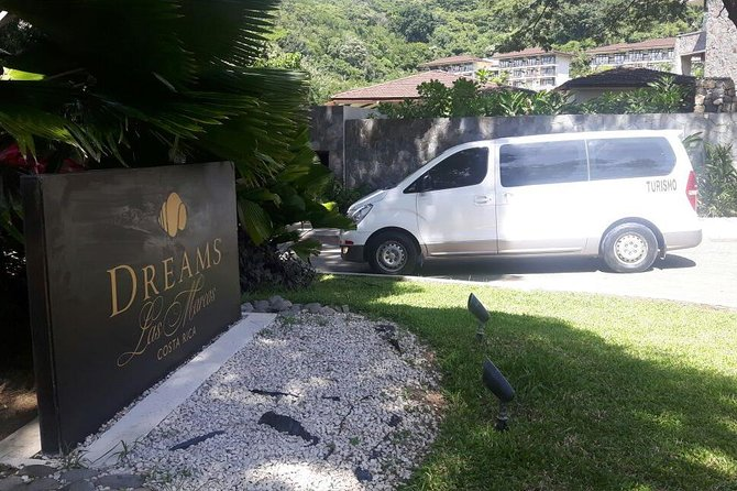 Private Transfer from Liberia Airport to Dreams Las Mareas