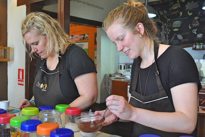 Bean to Bar Chocolate Workshop (La Fuente ChocoMuseo)