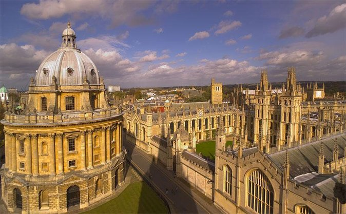 Small Group Cotswolds Villages, Stratford and Oxford Day Tour from London