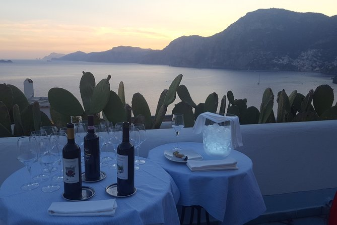 Enjoy the Amalfi coast Wine Tasting experience at the Sunset plus Ravello visit