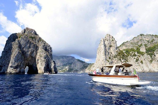 SEMI - PRIVATE: Discover Capri Island by boat - From Rome