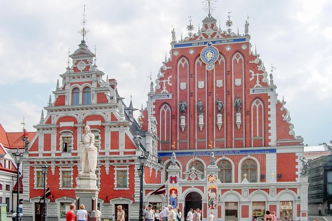 Four Day Group Trip From Tallinn to Riga