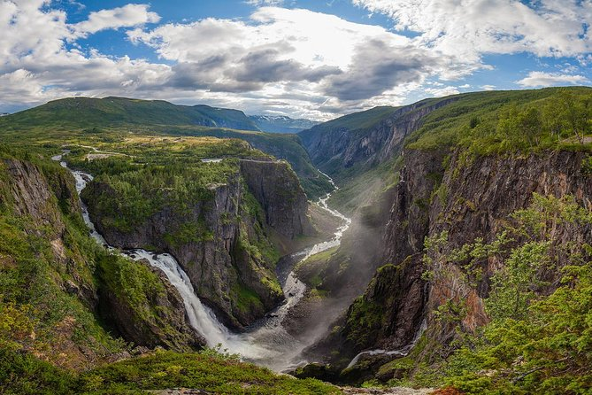 Self-Guided Full Day Hardangerfjord Roundtrip From Bergen