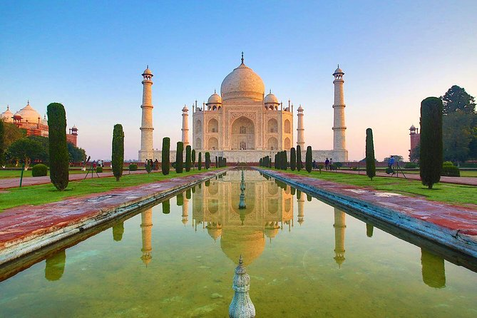 Sunrise Private Tour to Agra by Car From Delhi