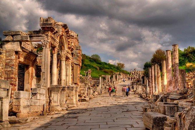 Excursión de un día a Efeso Ancitent City, Casa de la Virgen María y Templo de Artemisa desde el Puerto de Kusadasi