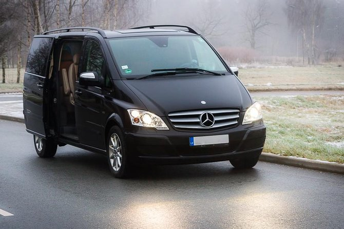 Private minivan transfer from Jurmala to Riga