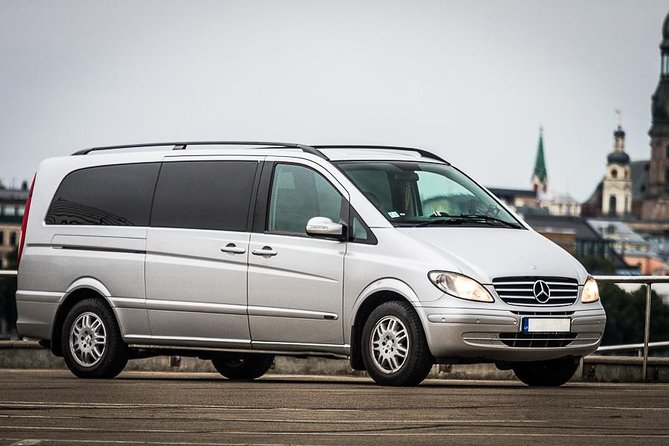 Private minivan transfer from Riga International Airport to Jurmala
