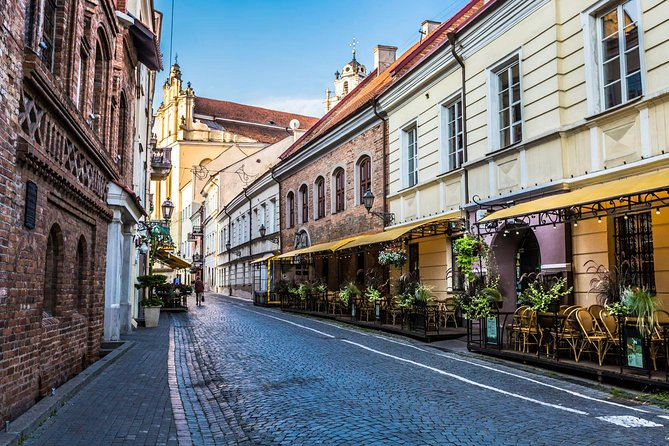 Private Latvia and Lithuania Sightseeing Tour from Riga