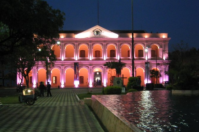 Private Tour: Asuncion at Night with Dinner Show