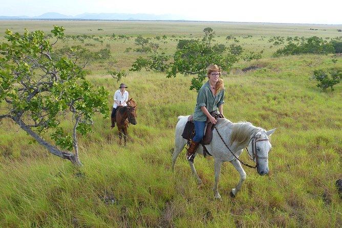 Équitation dans la savane de Lethem