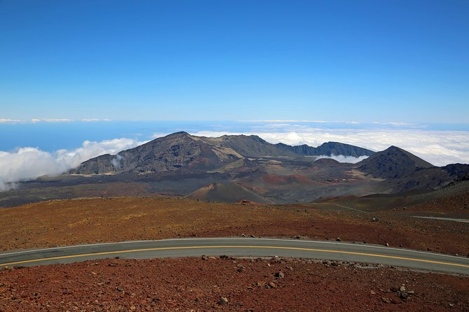 Maui Haleakala Day Bike Tour with Mountain Riders Ride 26 mile 6500 to sea level