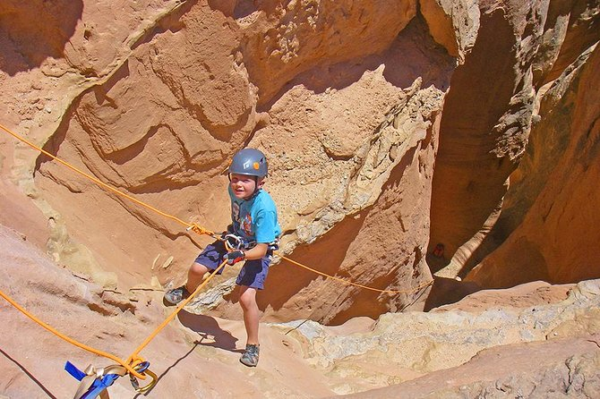 Moab Robber's Roost Canyoneering Adventure