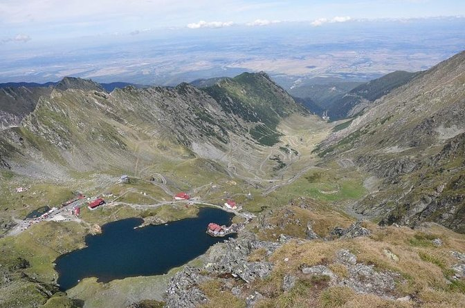 Small-Group Day trip Transfagarasan road and Poienari Fortress from Brasov
