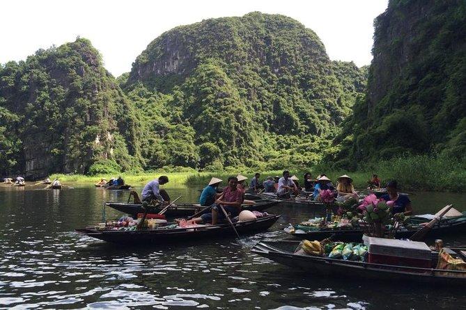 Hoa Lu Tam Coc full day - Deluxe Group tour