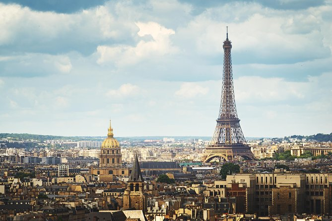 Viator Exclusive: VIP Access to Louvre, Eiffel Tower and Montmartre